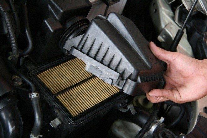 Lọc gió động cơ ô tô