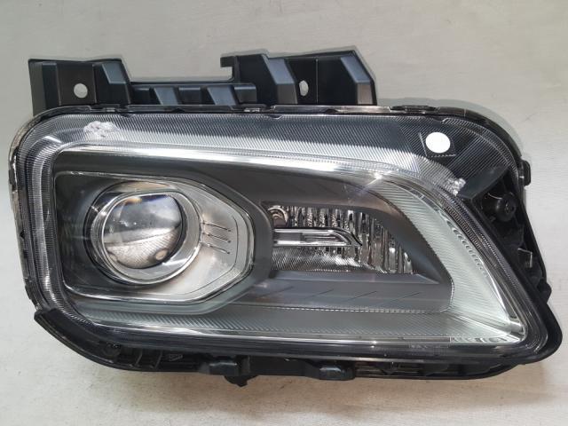 Đèn Pha Hyundai Kona