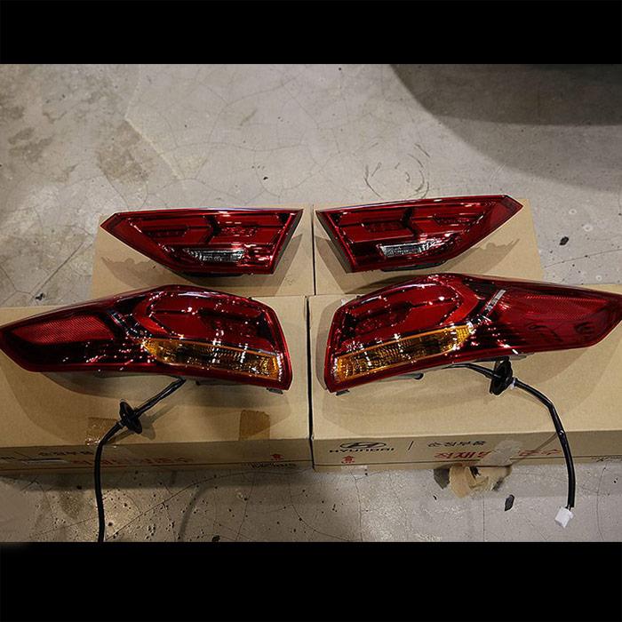 Đèn hậu Hyundai Elantra Sport Turbo